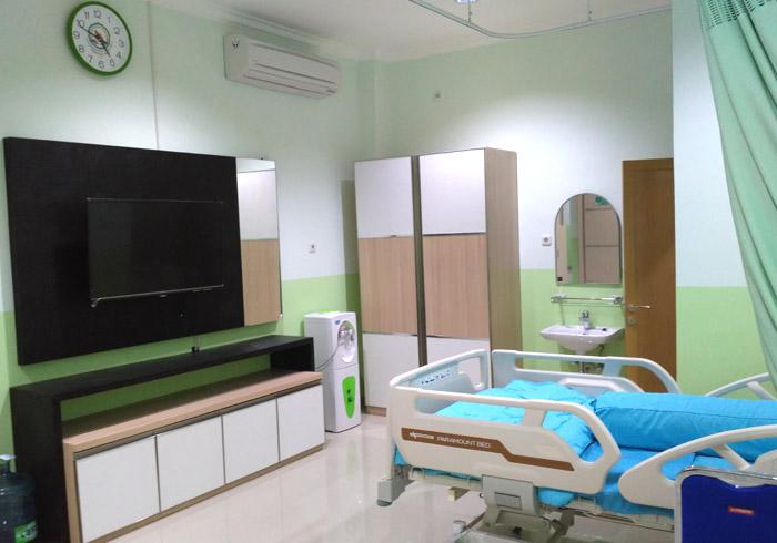 Ruang Perawatan Dengan Falisitas Lengkap